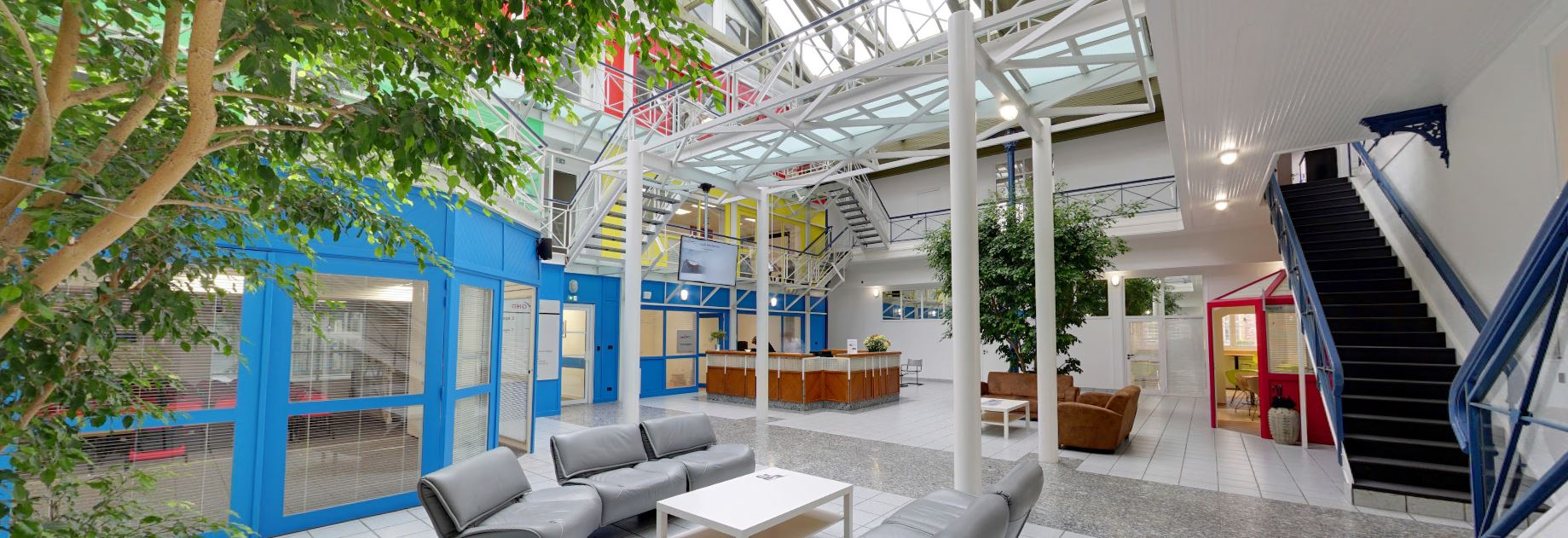 Visite Grande Halle Oberthur location bureaux et espace de coworking à Rennes